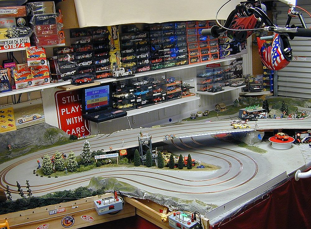 building slot car tracks by mike nyberg. Black Bedroom Furniture Sets. Home Design Ideas